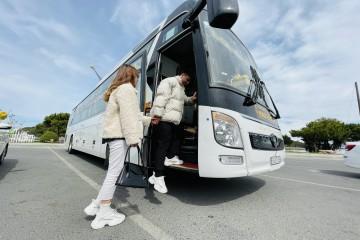 """Amazing Limousine - Nói """"không"""" với say xe, chặng đường nhiều thú vị"""