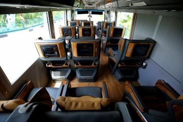 Amazing Limousine - Xe limousine Sài Gòn Đà Lạt 15 chỗ nằm thoải mái