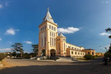 Nhà thờ con Gà Đà Lạt - Nhà thờ chánh tòa Đà Lạt
