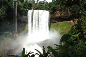 Sức hút của thác Đambri - Một trong 14 thác nước đẹp nhất thế giới