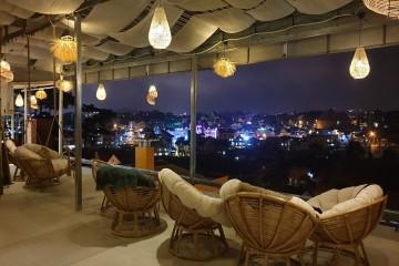 The Dreamer villa & coffee sky view - Không gian ảo ngắm view Đà Lạt hoàn toàn mới ngay trung tâm thành phố