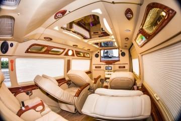 Amazing Limousine - Xe limousine Sài Gòn Đà Lạt 9 chỗ nằm thoải mái